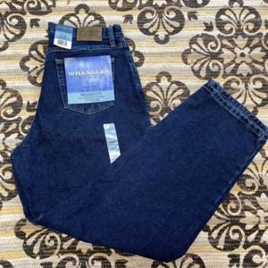 NWT Wrangler Blues Relaxed Fit Jean Sz 14x32